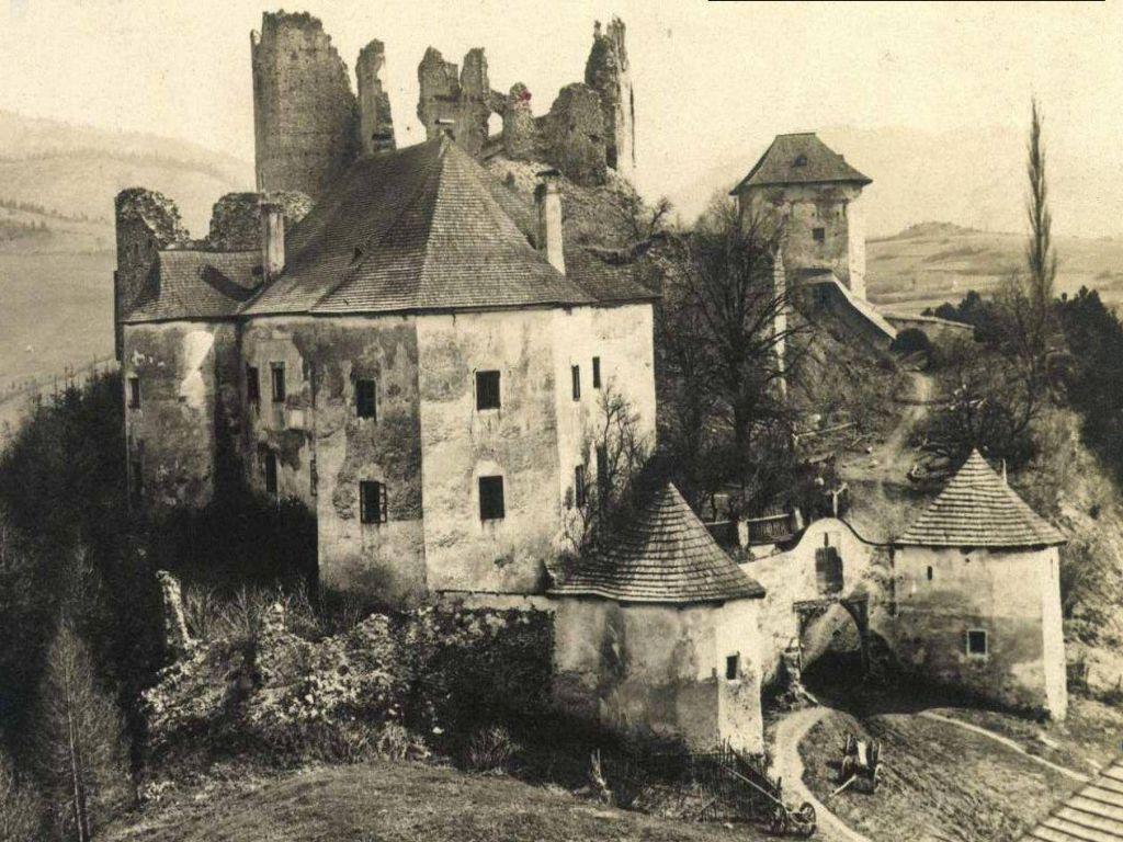 Hrad Sklabiňa